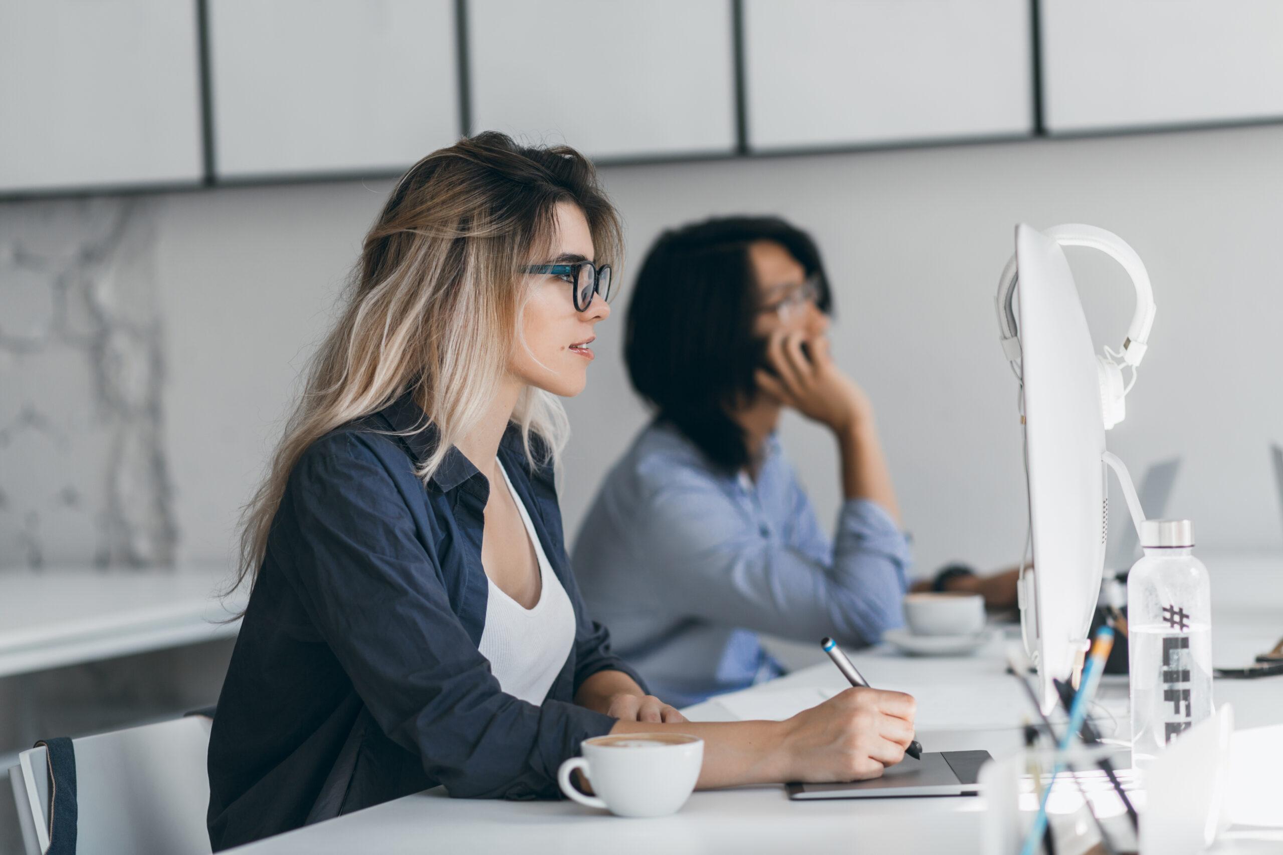 Какими документами можно обмениваться с партнерами компании в TOPBY?